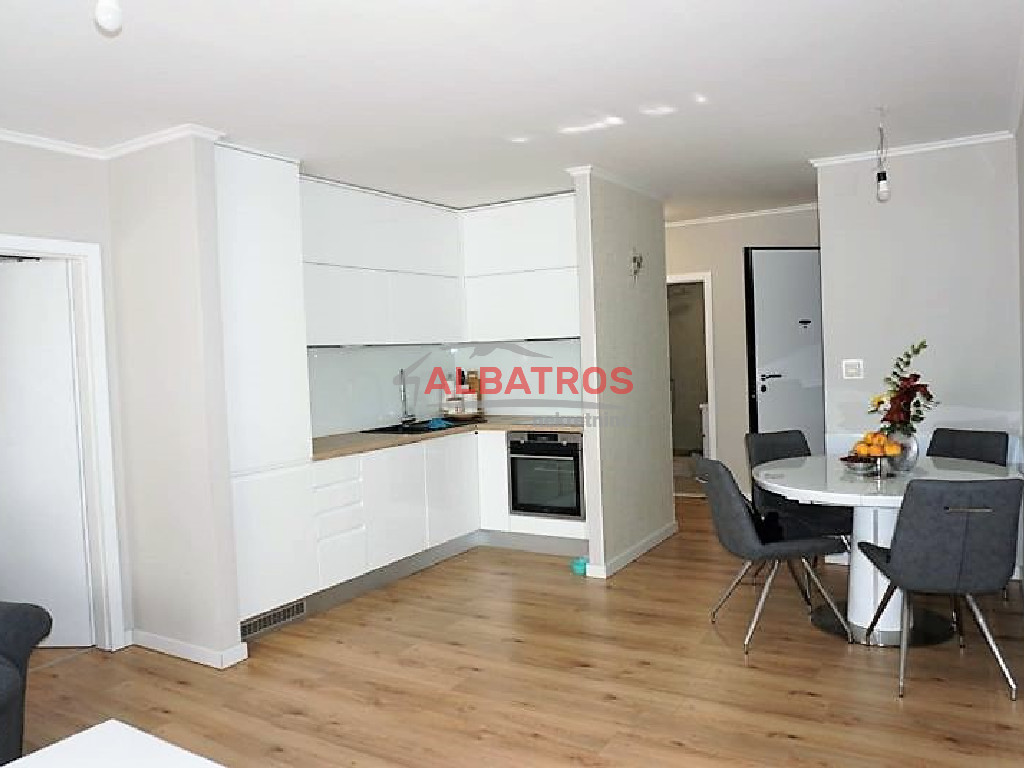 Cheap two bedroom apartment in Makarska with a large terrace